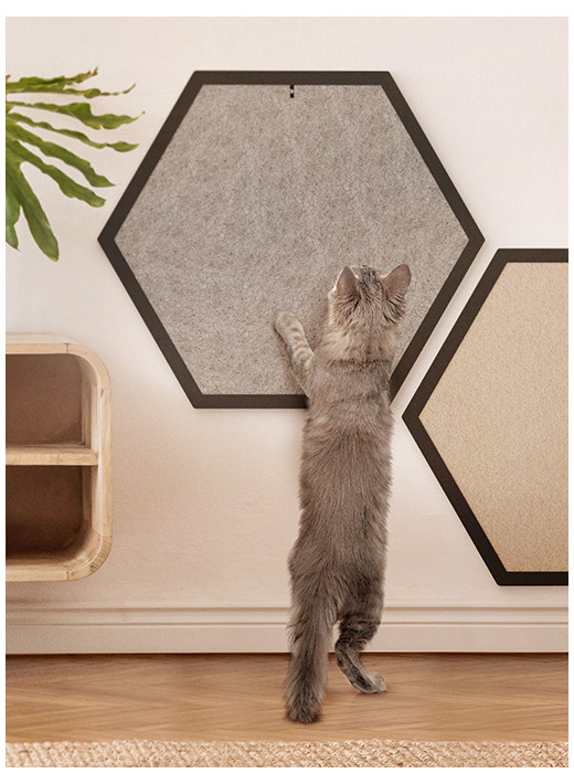 HEX BIG – configured scratching post in a black frame