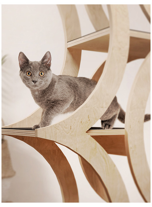 TREE – Wysoki mebel dla kota w kolorze naturalnym
